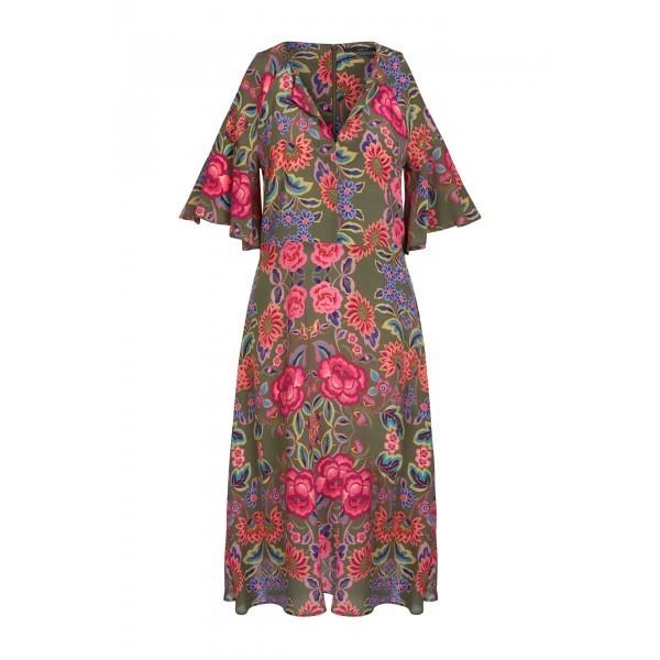 Шелковое платье с вырезами