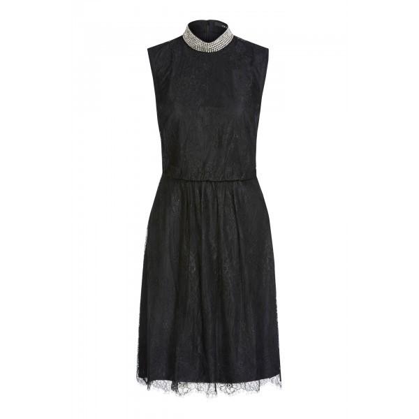 Платье с вышитыми стразами