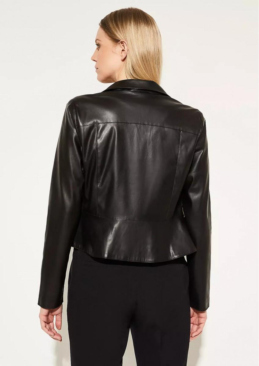Женская куртка из искусственной кожи