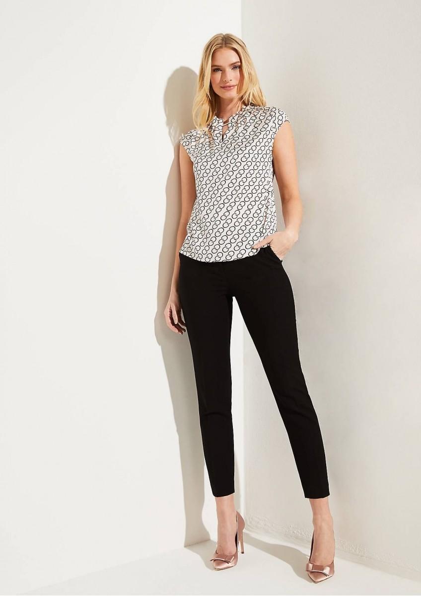 Женская атласная блузка с коротким рукавом