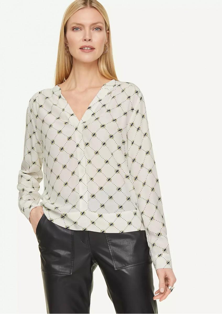 Женская блузка из вискозы