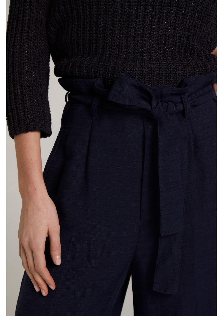 Женские брюки в стиле кюлот