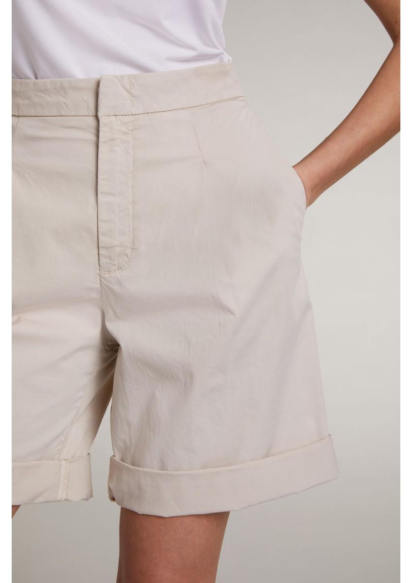 Женские шорты-бермуды из эластичного хлопка